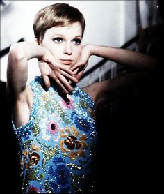 almadora:    i love, love, love 60's mia farrow.  she was friends with the beatles, you know.