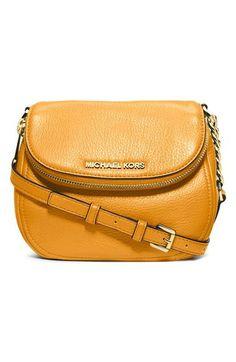 Michael Kors purse Brand new Michael Kors  still has the tags on it! Make me a reasonable offer! Michael Kors Bags Shoulder Bags