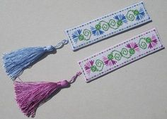 Floral Bookmark, designed by @Kell Smurthwaite of Kincavel Krosses, stitched by Claire.