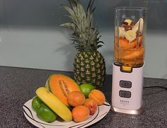 Der Krups Perfect Mix 9000 Personal Mixer from smoothiefy.com Da ich gerne mit neuen Smoothieszubereitungen experimentiere, war der Nutribullet nicht der Mixer, Voss Bottle, Water Bottle, Nutribullet, News, Blenders, Water Flask, Water Bottles