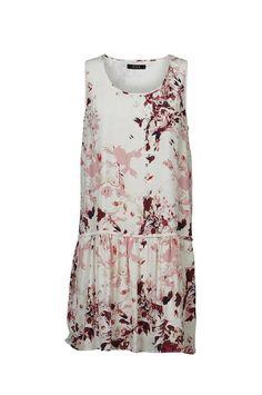 Vestido Mayo  Vestido de estampado floral.Corte a la cadera y falda con vuelo. Lleva forro.