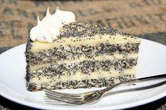 Торт «Царица Эстер» — простой в приготовлении, но очень вкусный маковый торт с нежным сливочно-лимонным кремом. Изумительно красивое и вкусное лакомство! Маковый торт печется практически без муки и без жира. Коржи получаются легкими, воздушными.