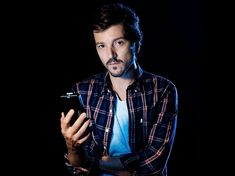 Kisses to you my love Diego Luna, My Handsome Man, Downey Junior, Pretty People, Beautiful People, Love Stars, Man Photo, Prince Charming, Celebrity Crush