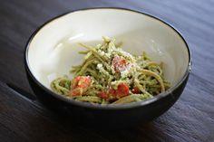 The Chronicles of Ruthie Hart: Creamy avocado & roasted tomato pasta