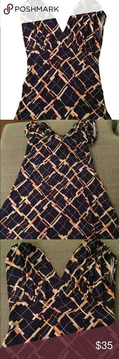 💕SALE💕 CAbi Felicity Dress (Limited Release) -Style #411 -EUC - extremely good used condition! -Fun print is perfect for year round wear! Would look great by itself or paired with leggings. -Super flattering fit with cinch at waist -Rayon/Spandex blend, so soft! -Offers welcome CAbi Dresses Midi