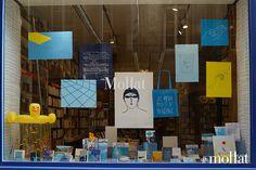 La grande vitrine du mois de juillet de la librairie mollat !