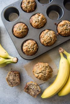 These soft, moist, easy banana nut muffins are loaded with banana flavor and studded with walnuts for a little crunch. No need for a mixer - just use one bowl and stir everything together with a wooden spoon! Köstliche Desserts, Delicious Desserts, Yummy Food, Health Desserts, Tasty, Healthy Banana Muffins, Banana Walnut Muffins Moist, Banana Oatmeal Muffins, Simple Muffin Recipe