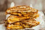 Την συγκεκριμένη ζύμη θα την αγαπήσετε: Ζύμη γιαουρτιού για τα πάντα - OlaSimera Greek Recipes, Pancakes, Sweet Home, Pizza, Cooking, Breakfast, Laura Ashley, Food, Cheese