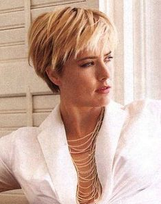 Image result for Téa Leoni short hair
