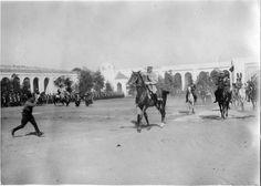Rabat   Palais du sultan    Une fête chez le sultan : arrivée du Résident général, le général Lyautey   1917