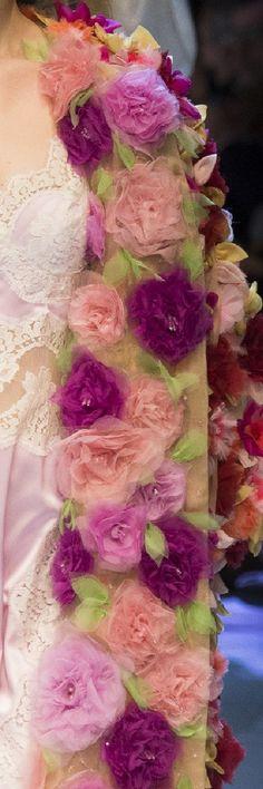 Floral applique#Dolce&Gabbana Fall 2016 RTW