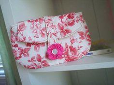 Amy Butler free clutch pattern