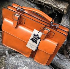 99a627483 NEW HAND MADE TAN LEATHER COMPACT BRIEFCASE BAG BY SERGUIO ROGETTI LOVINGLY HAND  CRAFTED USING TRADITIONAL