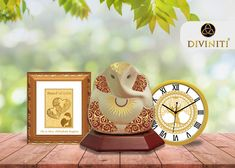 If you are getting confused about what to buy for your lovely parents on their marriage anniversary then explore the divine gifts online store now. 25th Marriage Anniversary, 30 Year Anniversary Gift, Anniversary Pictures, Personalized Anniversary Gifts, Anniversary Gifts For Couples, Parents, Gift Ideas, Outdoor Gardens, Diy Wedding