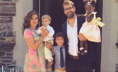 Mariska with her family, sons: Andrew, August, husband Peter and daughter Amaya.