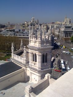 Madrid is famous for its skies. Would you like to savor the city?See it's skyline and sunset from a bird eyes view? Would you like to get away for a minute from the clamour & chaos of ground zero? Take in some fresh air, breath in, breath out of this beautiful city!