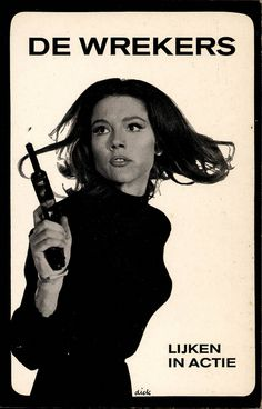 De Wekers [The Laugh was on Lazarus] Lijken in Actie by John Garforth. Cover made by Dick Bruna. Of the very popular ABC television serie of The Avengers. Diana Rigg as Emma Peel Emma Peel, The Avengers, Utrecht, Adventure Magazine, Tara King, Good Old Times, Sexy Poses, Best Tv, Childhood Memories