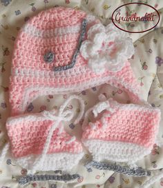 Shop for hockey on Etsy, the place to express your creativity through the buying and selling of handmade and vintage goods. Baby Girl Crochet, Knit Or Crochet, Crochet Gifts, Hand Crochet, Hockey Nursery, Hockey Baby, Ice Hockey, Hockey Helmet, Hockey Stuff