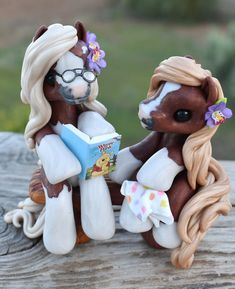 Genuine and original polymer clay sculpture designed and handmade with love by Elisabete Santos Polymer Clay Sculptures, Polymer Clay Animals, Cute Polymer Clay, Cute Clay, Fimo Clay, Polymer Clay Charms, Polymer Clay Creations, Sculpture Clay, Disney Clay Charms