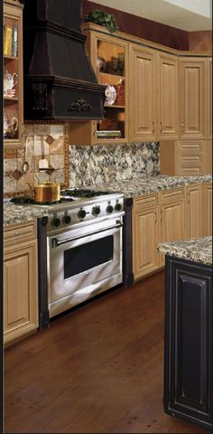 Tru Cabinetry Wood Cabinets, Kitchen Cabinets, Beautiful Kitchens, Kitchen Remodel, Kitchen Ideas, Home Improvement, Home Decor, Wood Lockers, Decoration Home