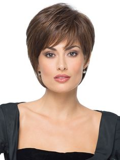 16 Remarkably Beautiful Chic Short Haircuts for Women | CIRCLETREST