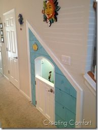 I don't really ever want to live in a house with stairs again, but if I did.... This play room under the stairs is super cool.