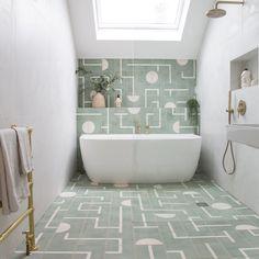 Home Interior Salas .Home Interior Salas Beautiful Bathrooms, Modern Bathroom, Small Bathroom, Bathroom Ideas, Vintage Bathroom Tiles, Brass Bathroom, Bathroom Plants, Beautiful Kitchen, Bad Inspiration