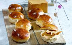 Laup | Oppskrifter | Idun Mors hjemmebakte Hamburger, Bread, Baking, Recipes, Food, Brot, Bakken, Essen, Backen