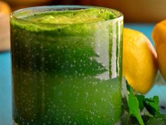 Orange Spinach Juice http://www.prevention.com/food/healthy-eating-tips/green-juice-recipes?slide=6