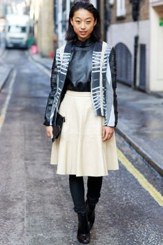 Get Inspired By These 36 Street Style Snaps From London Fashion Week