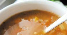 SOUPE ORGE & TOMATES Je voulais faire une soupe réconfortante, avec des légumes, sans nouilles, aux tomates et qui laisserait dégager un... Diy Food, Chowder, Buffet, Biscuits, Food And Drink, Cooking Recipes, Pudding, Nutrition, Desserts