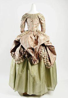 Dress Date: 1778–80 Culture: French Medium: silk Accession Number: C.I.60.40.3a, b