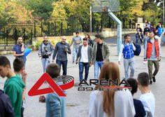 Οι παίκτες του Ηρακλή και του Άρη δίπλα στους μαθητές (pics) | ArenaFM 89,4 – Αθλητική Ενημέρωση Football, Soccer, Futbol, American Football, Soccer Ball