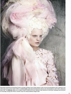 Fashion that Takes You Back - Rococo, Marie Antoinette Kopfarbeit by Luigi + Iango for Vogue Germany April 2014 Luigi, Rococo Fashion, Fashion Art, Fashion Shoot, Fashion Themes, Pink Fashion, Couture Fashion, Marie Antoinette, Vogue
