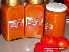 Italská rajčatová omáčka   NejRecept.cz Tomato Sauce Recipe, Sauce Recipes, Cooking Recipes, Ketchup, Canning Vegetables, Salty Foods, Pasta, International Recipes, Freezer Meals