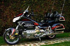 Honda+Goldwing.jpg (1200×800)