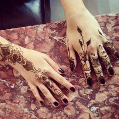 Arabic Dubai style henna/mehndi design