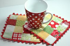 Mug mat using scraps. Use interfacing with a grid on it. Going to try to make a hot pad using this method.