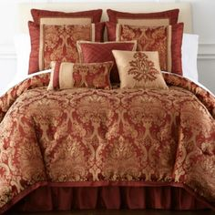 "<p>Turn your bedroom into a regal setting with the upscale medallion design on the Castlebury comforter set.</p><div style=""page-break-after: always;""><span style=""display: none;"">"