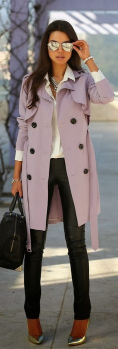 Autumn worker chic. Gorgeous trench! ::M::