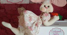 Blog voltado à artesanato em geral. Fabric Doll Pattern, Fabric Dolls, Doll Patterns, Crafts To Make And Sell, Diy And Crafts, Sewing Crafts, Sewing Projects, Asian Quilts, Adult Crafts
