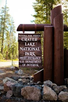 Crater Lake National Park Entrance // localadventurer.com