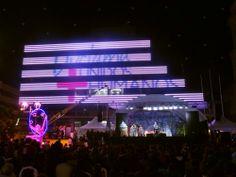 Iluminación y decoración navideña Duitama 2013, fachada mediática, Boyacá, Colombia