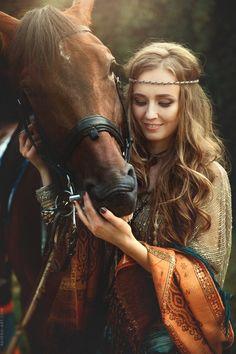 Lyra and Horse - www.ravena-art.com