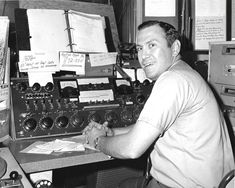 OBIT: James Clemens former country station jock and Program Director. Bill Anderson, Conway Twitty, Atlanta Journal, Waylon Jennings, Academy Of Country Music, John Denver, Atlantic Beach, Big Country, First Daughter
