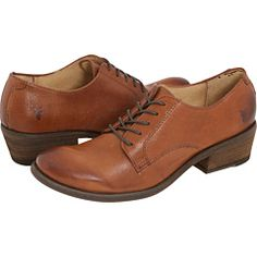 Frye Carson Oxford. I'm totally not a shoe person, but I do have very specific ideas in my head about what I want. Whenever I find that exact thing they always end up being so expensive. Why do I have to have such expensive tastes, lol
