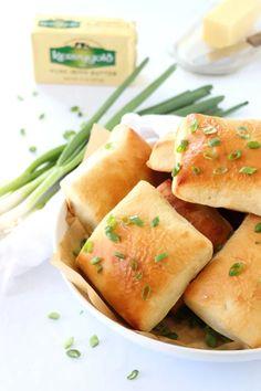 Irish Potato Bread | Dash of Savory | Cook with Passion Irish Potato Bread, Irish Potatoes, Potato Recipes, Bread Recipes, Meyer Lemon Recipes, Irish Recipes, Baileys Recipes, Tapenade, Bread Rolls