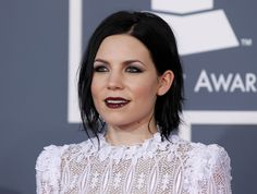 skylar grey makeup and hairstyle