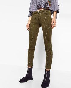 Image 2 of KHAKI PAINT SPLATTER JEGGINGS from Zara Zara, Paint Splatter Jeans, Rocker Girl, Effortless Chic, Jeggings, Harem Pants, Street Style, My Style, Clothes