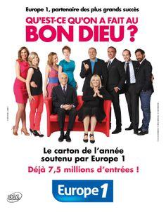 """Quand les animateurs Europe 1 prennent la place des acteurs du film """"Qu'est-ce qu'on a fait au Bon Dieu"""" le temps d'une affiche."""